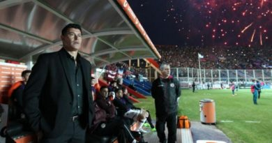 Lammens piensa en Almirón como entrenador de San Lorenzo