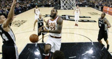LeBron James alcanzó la cifra récord de 30.000 puntos en la NBA