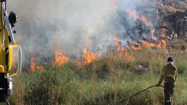 El fuego vuelve a poner en alerta a la comunidad de Sierra de la Ventana