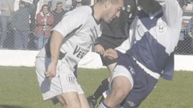 Historia: Newbery y el Fortín se enfrentaron en la Final del Integración 2006