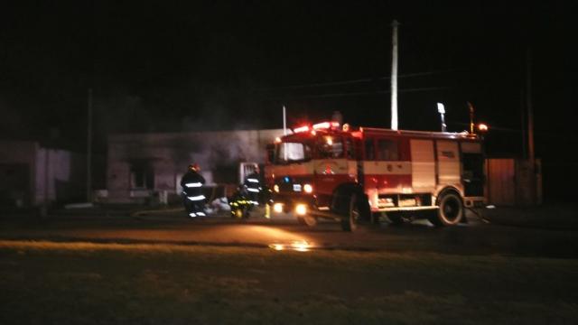 Incendio causa daños totales en una vivienda