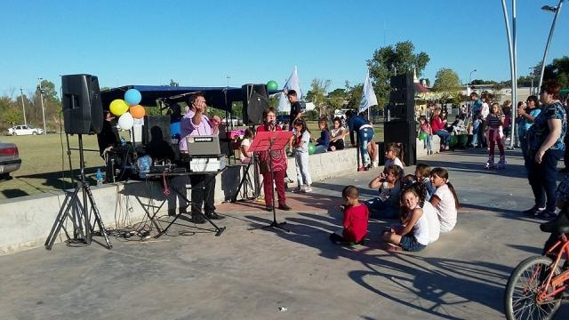 Domingo de pascuas en el Parque del Bicentenario