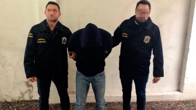 El prófugo acusado de abuso sexual usaba fundas de silicona para ocultar sus huellas dactilares