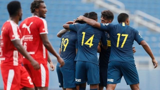 Boca derrotó 4-2 al DIM en Miami en el debut de los refuerzos