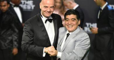 La FIFA contraatacó contra Maradona