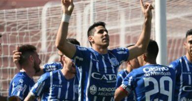Con un penal en el último minuto, Godoy Cruz le ganó 1-0 a Estudiantes (LP)