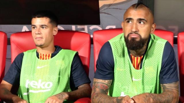Vidal, en problemas: el manager del Barcelona le respondió categóricamente
