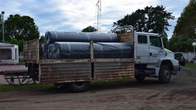 Avanza la construcción de la cancha de hockey de Lilán
