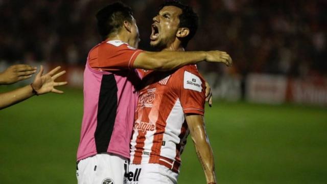 San Martín de Tucumán venció a su homónimo de San Juan en un partido clave por los descensos