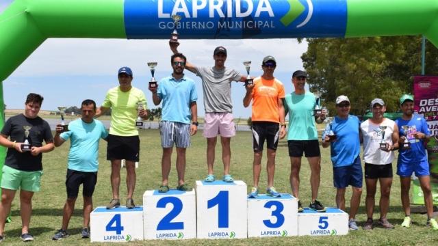 Más de un centenar de atletas se dieron cita en la 11º edición del Triatlón del Paraíso