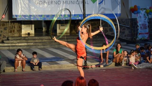 Miles de vecinos disfrutaron de 9º Festival de Circo Callejero en Laprida