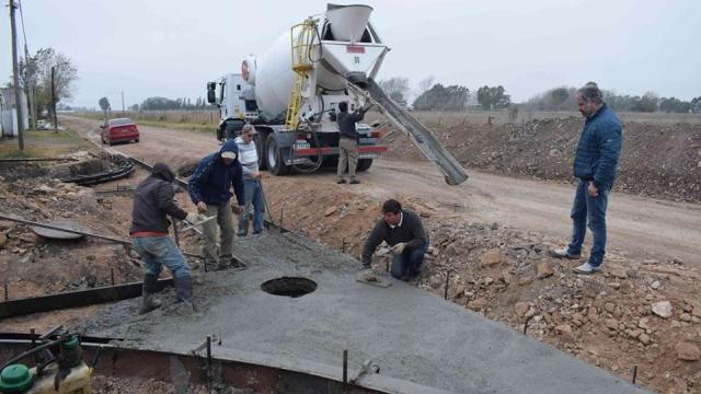 Progresan las obras de infraestructura en distintos puntos del distrito